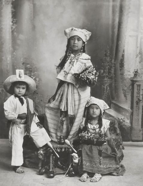 Mexican Children Sitting